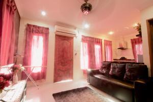 D'island Hill Villa, Penziony  Kampung Padang Masirat - big - 3