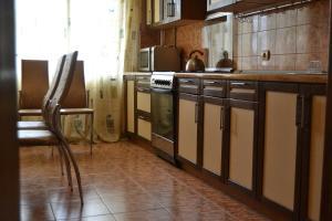 Apartment on Proletarskaya 51, Apartmanok  Kaluga - big - 1