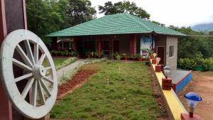 Honey Drop Homestay Ckm, Alloggi in famiglia  Attigundi - big - 1