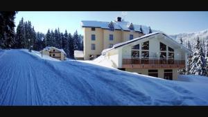 Apartman Luky Poustevník, Apartmanok  Pec pod Sněžkou - big - 3
