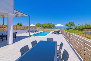 Blue Oyster Villas, Vily  Platanes - big - 30