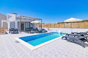 Blue Oyster Villas, Vily  Platanes - big - 49
