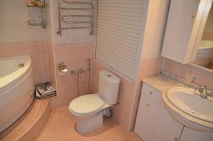 Квартира на Островитянова, Apartmanok  Moszkva - big - 19