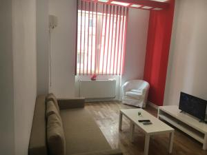 Red Flat, Apartmanok  Bukarest - big - 15