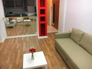 Red Flat, Apartmanok  Bukarest - big - 28