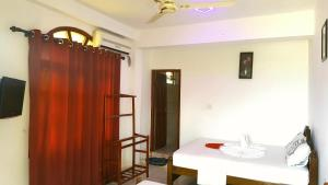 Sea View Beach Hotel, Hotely  Nilaveli - big - 32