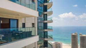 Chic&Design 4BR apartment