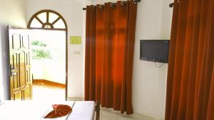 Sea View Beach Hotel, Hotely  Nilaveli - big - 33
