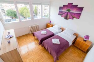 Delucas Apartment