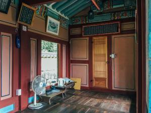 Nongamjongtaek, Vendégházak  Andong - big - 36