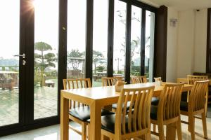 Rich Hotel, Hotels  Jeju - big - 32