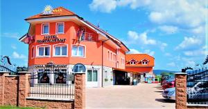 3 star hotel Hotel Zara Topoľčany Topoľčany Slovacia