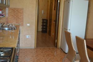 Apartment on Proletarskaya 51, Apartmanok  Kaluga - big - 2