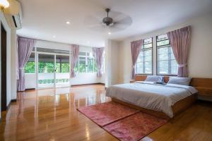 A Taste of Europe in Chiang Mai, Holiday homes  Chiang Mai - big - 33