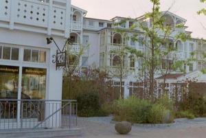 Seepark Sellin Moenchgut 1_ OG Typ, Ferienwohnungen  Ostseebad Sellin - big - 1