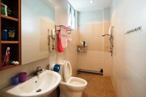 Zan Pavillon Spacious & Natural Stay, Apartmanok  Bayan Lepas - big - 3