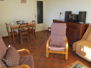 Apartment Parcs du lavandou, Апартаменты  Ле-Лаванду - big - 8