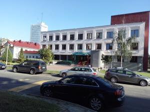 Four-room apartment near metro station Victory Square, Apartmanok  Minszk - big - 13