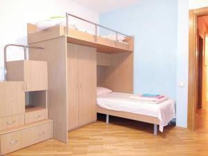 Four-room apartment near metro station Victory Square, Apartmanok  Minszk - big - 10