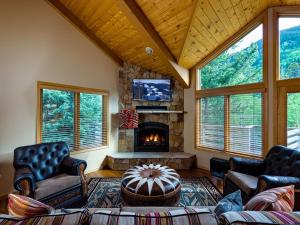 4515 Bighorn Road #227457 Home, Holiday homes  Vail - big - 5