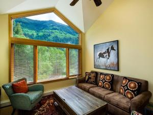 4515 Bighorn Road #227457 Home, Holiday homes  Vail - big - 22