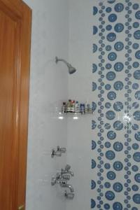2-BR apartment for 8, by GuestHouser, Apartmány  Nové Dilí - big - 6