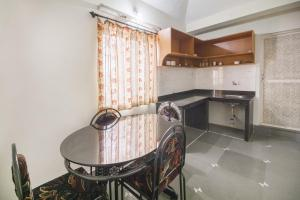 Homestay for three , by GuestHouser, Case vacanze  Nerul - big - 9