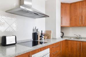 Luxury furnished 1 Bedroom with views AA16, Appartamenti  Marbella - big - 7