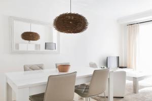 Luxury furnished 1 Bedroom with views AA16, Appartamenti  Marbella - big - 11