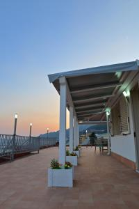 Domina Fluctuum - Penthouse in Salerno Amalfi Coast, Appartamenti  Salerno - big - 42