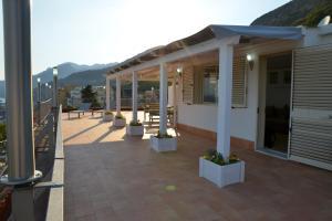 Domina Fluctuum - Penthouse in Salerno Amalfi Coast, Appartamenti  Salerno - big - 45