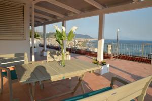 Domina Fluctuum - Penthouse in Salerno Amalfi Coast, Appartamenti  Salerno - big - 47