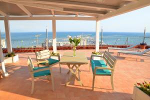Domina Fluctuum - Penthouse in Salerno Amalfi Coast, Appartamenti  Salerno - big - 48