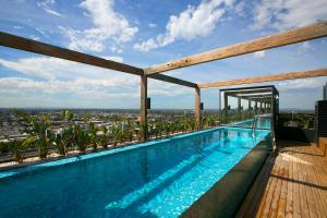 SUPERB 180degree VIEWS *POOL GYM PARKING WIFI, Appartamenti  Melbourne - big - 9