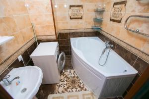 New apartment Lazurniy kvartal center, Apartments  Astana - big - 3