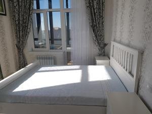 Люкс класса 3 комнатная квартира в самом центре Актобе, Apartmány  Aqtöbe - big - 5