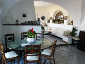 Villa La Sosta, Виллы  Капри - big - 4