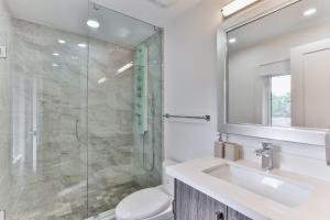 QuickStay - Classy 5bdrm House in Vaughan, Ferienhäuser  Toronto - big - 39
