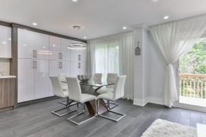 QuickStay - Classy 5bdrm House in Vaughan, Nyaralók  Toronto - big - 40