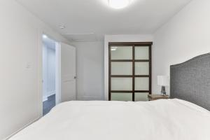 QuickStay - Classy 5bdrm House in Vaughan, Ferienhäuser  Toronto - big - 42