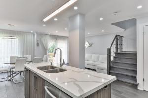 QuickStay - Classy 5bdrm House in Vaughan, Nyaralók  Toronto - big - 44