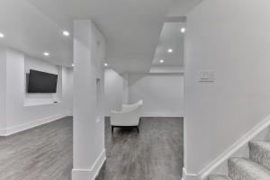 QuickStay - Classy 5bdrm House in Vaughan, Nyaralók  Toronto - big - 46