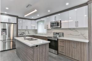 QuickStay - Classy 5bdrm House in Vaughan, Nyaralók  Toronto - big - 49