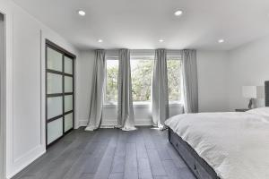 QuickStay - Classy 5bdrm House in Vaughan, Nyaralók  Toronto - big - 54