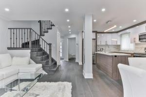 QuickStay - Classy 5bdrm House in Vaughan, Nyaralók  Toronto - big - 61