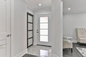 QuickStay - Classy 5bdrm House in Vaughan, Nyaralók  Toronto - big - 62