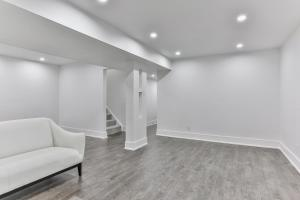 QuickStay - Classy 5bdrm House in Vaughan, Nyaralók  Toronto - big - 67