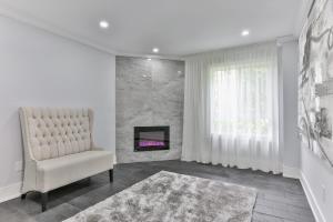 QuickStay - Classy 5bdrm House in Vaughan, Nyaralók  Toronto - big - 70