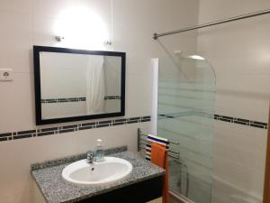 Villa Rominha III - Nazaré, Appartamenti  Nazaré - big - 18