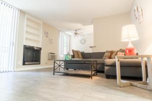 Gayley Apartment 534